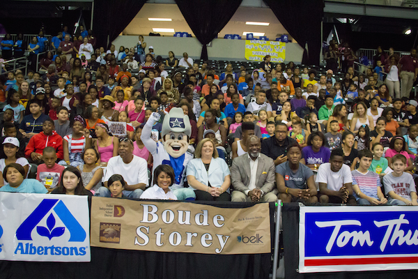 Pat & Emmitt Smith Charities Back to School Event 2016