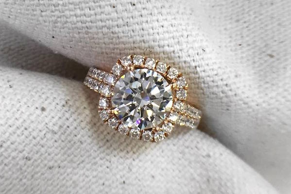 Divine Engagement Ring from Robbins Brothers